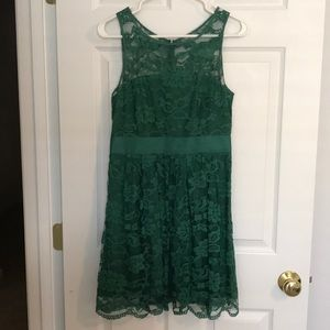 BB Dakota Green Lace Dress Size 4